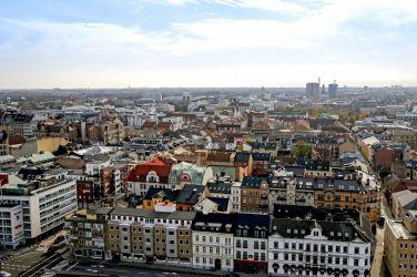 Столиците на Скандинавия и Зогнефиорд - със самолет и обслужване на български език!